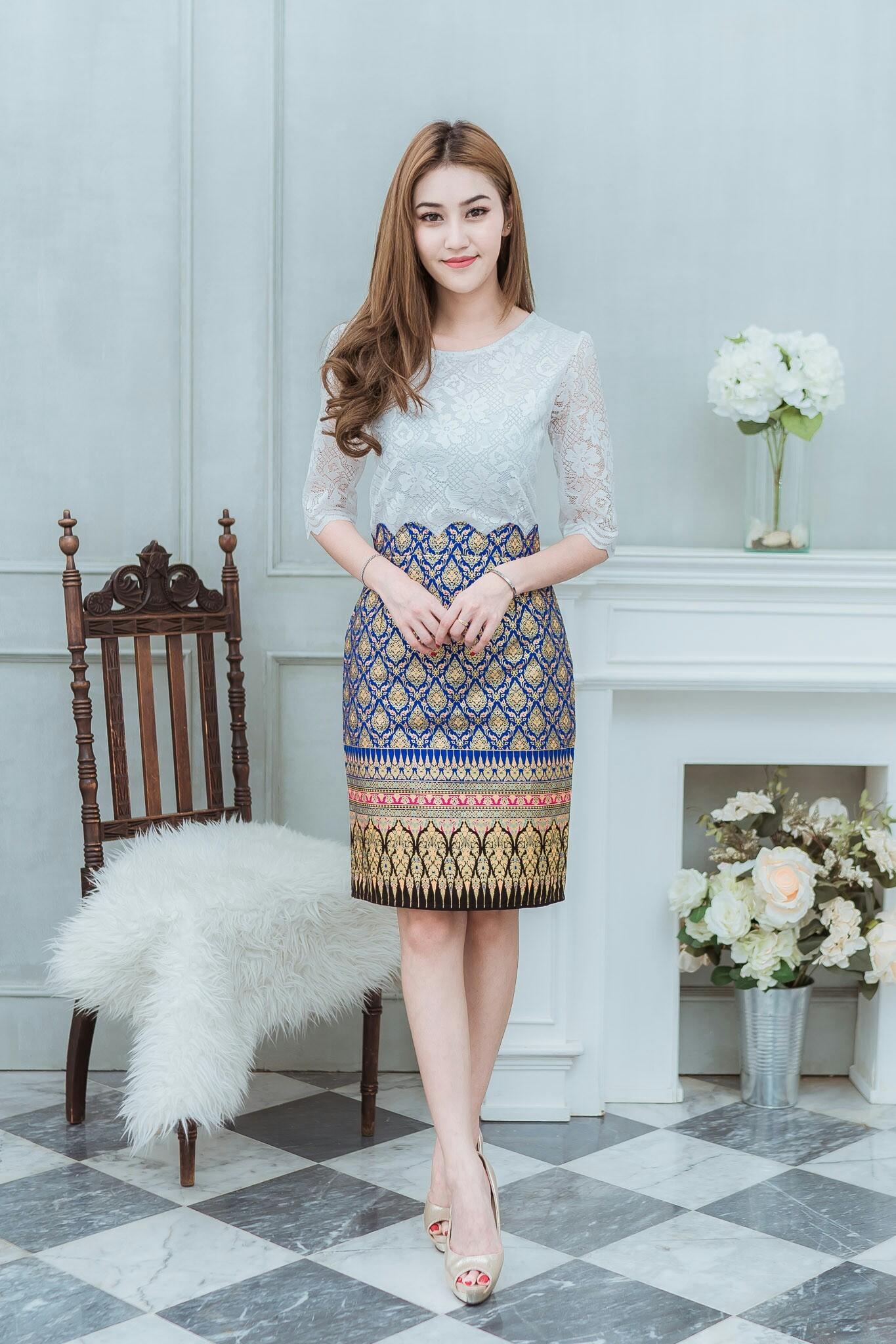 ชุดผ้าไทยสวยๆ
